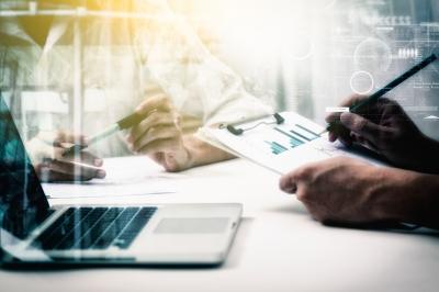 Efektywna sprzedaż KAM– jak skutecznie współpracować z modelami FMCG w sieciach aptecznych.
